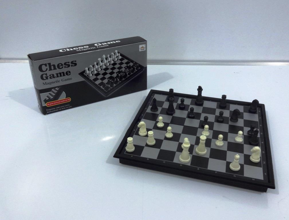 T 0112 Magnetic Chess