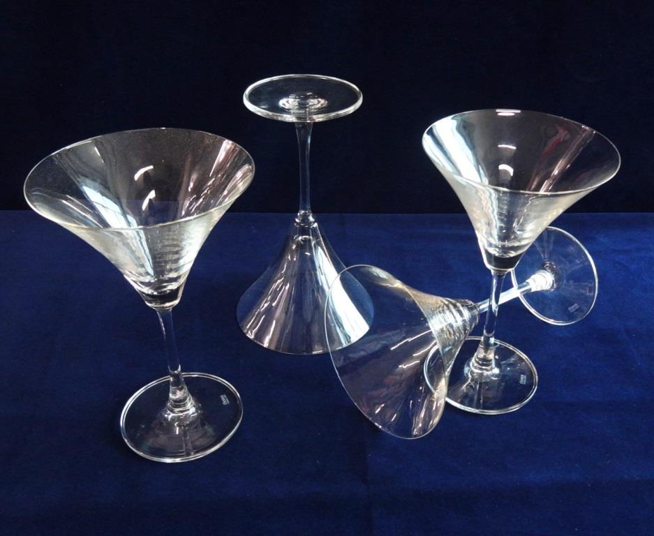Cocktail Glass ( Martini)